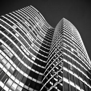 Цены на первичном рынке элитной недвижимости Москвы снизились на 16%